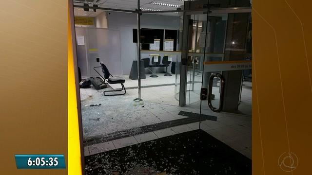 Vinte homens fecham entrada de cidade e explodem banco com auxílio de drone na PB